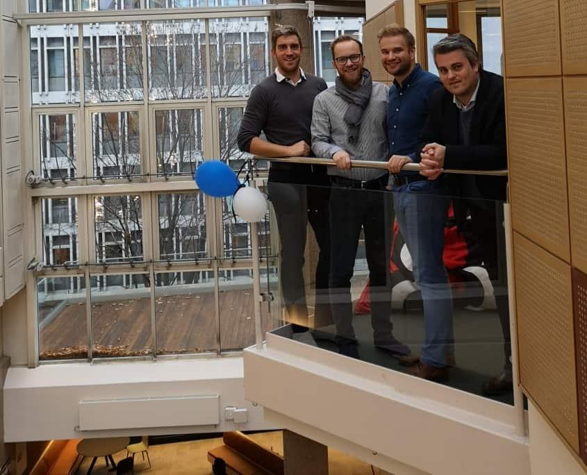 Digital Opptur ansatte balkong epicenter
